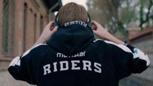 movistar-riders-pullnbear